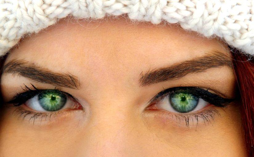 Come eliminare le borse sotto gli occhi: rimedi naturali e non